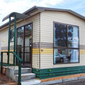 Mornington Economy Cabin 3 Berth Exterior 1 HDR copy