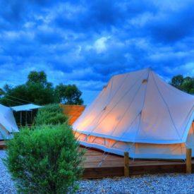 tluxury_couples_glampimg_tents_2