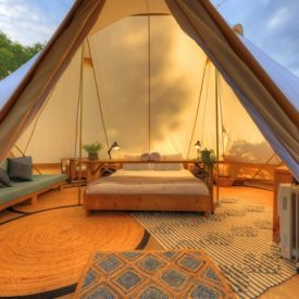tluxury_couples_glamping__tent