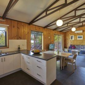 tunit_kitchen_&_lounge